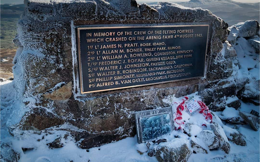 Remembrance Sunday on Arenig Fawr